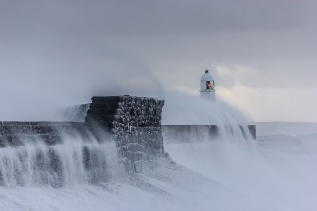 Daniel Davidson | Porthcawl Lighthouse