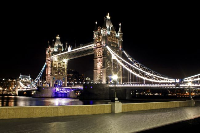 Daniel Davidson | Tower Bridge Nights