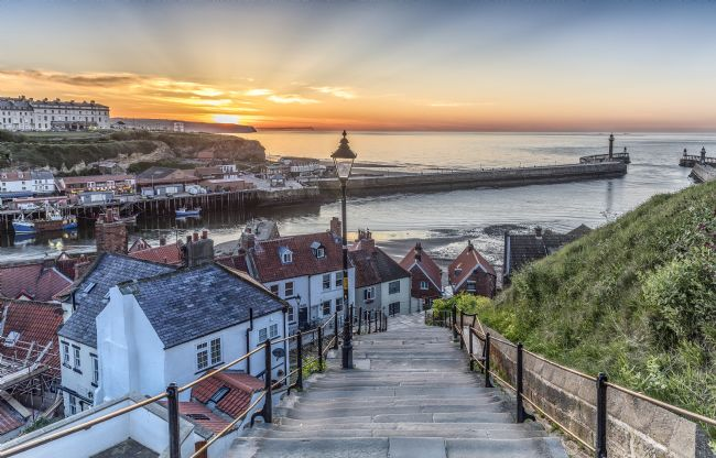 Pete Lawless | Whitby the 199 Steps