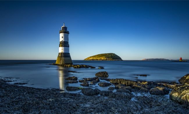 Pete Lawless | Trwyn Du Lighthouse