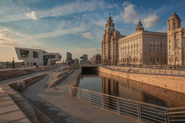 Pete Lawless | Liverpool Liver Building