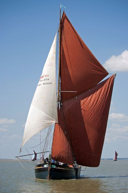 Howard Corlett | Thames Barge Edith May