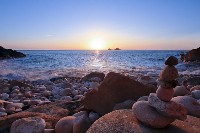 Terri Waters | Sun Setting At Porth Nanven