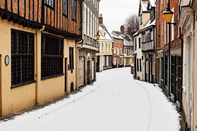 Paul Macro | Snowy Elm Hill Norwich