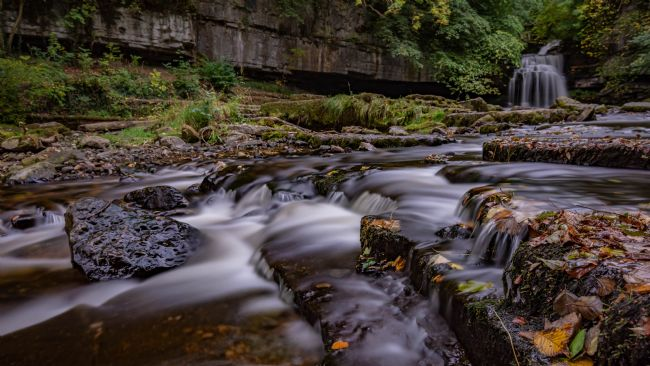 Mark Ingleby | Autumnal Waterfall