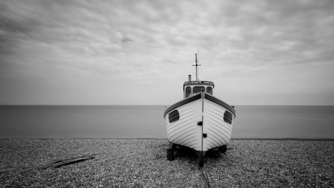 Trevor Goose | The Lonely Fishing Boat