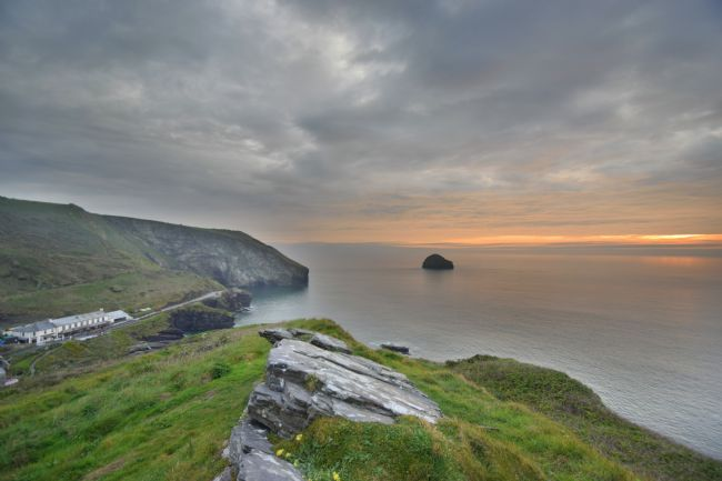 Robert Parsons | Cornwall: Last Light at Trebarwith Strand