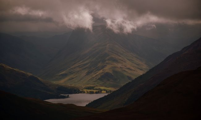 Robert Parsons | The Lake District: A Moody Fleetwith Pike