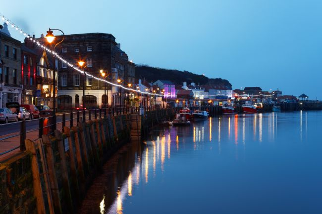 Andrew Saxton | LIGHTS WHITBY