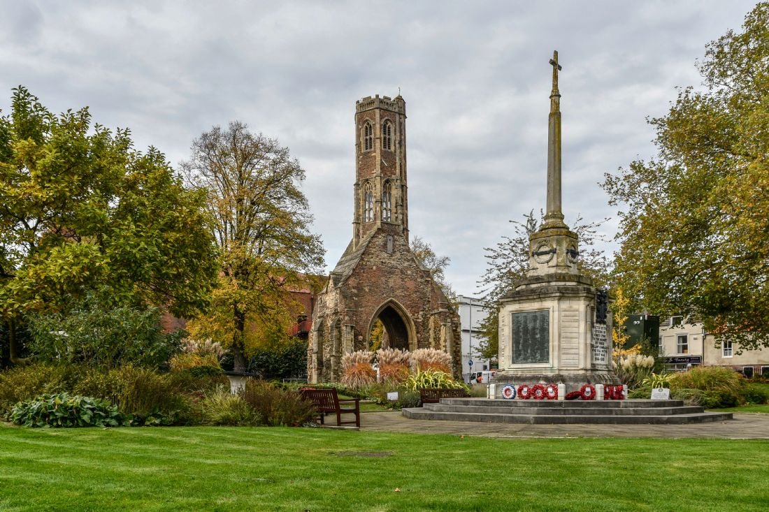 Mike Carroll | Greyfriars Tower and War Memorial, King's Lynn