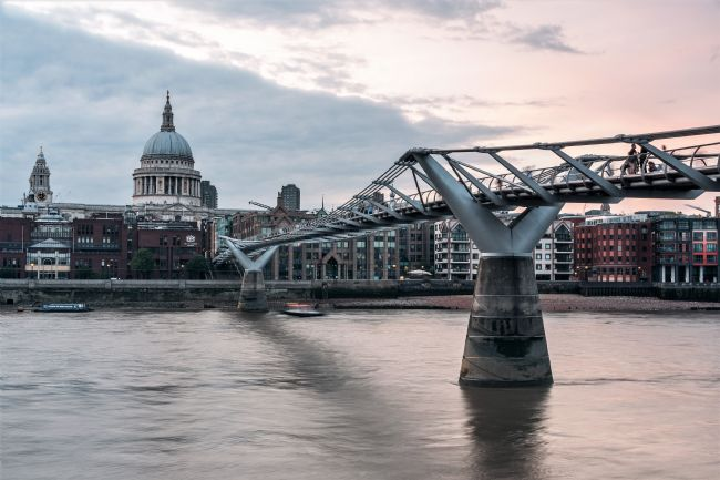 Mike Carroll | St Paul's Cathedral and the Millennium Bridge