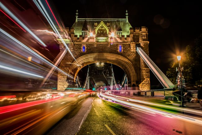 Mike Carroll | Tower Bridge Light Trails