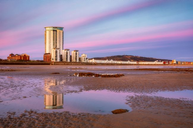 Dan Santillo | Meridian Tower, Swansea