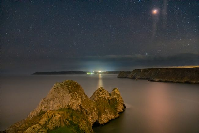 Dan Santillo | Super Blood Wolf Moon over Three Cliffs Bay