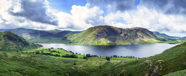 Phill Thornton | Panoramic view of Crummock Water, Lake District.