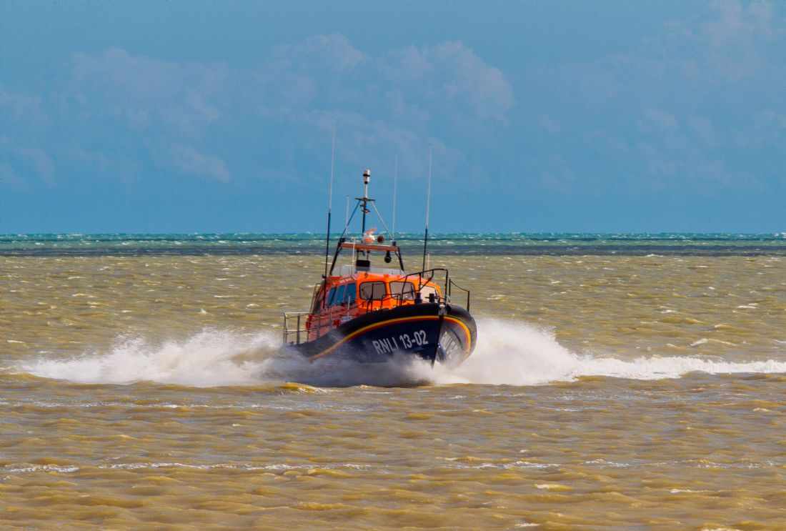 Tom Dolezal | Lifeboat at Dungeness