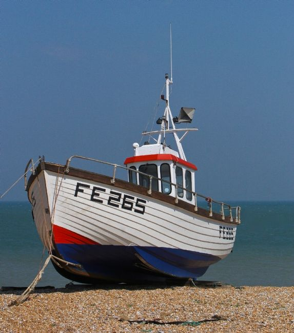 Tom Dolezal | Fishing boat at Dungeness