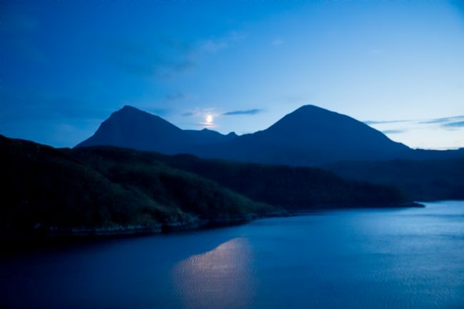 Tom Dolezal | Moon over Quinag