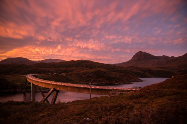Tom Dolezal | Dawn at Kylesku bridge