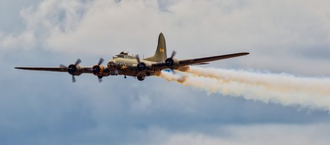 Tom Dolezal | Flying Fortress flypast
