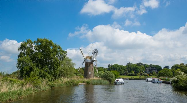 Tom Dolezal | Windmill on the Broads