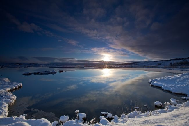 Tom Dolezal | Winter sunset at Pingvallavatn