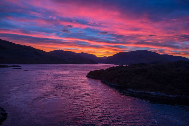 Tom Dolezal | Loch Glendhu sunrise