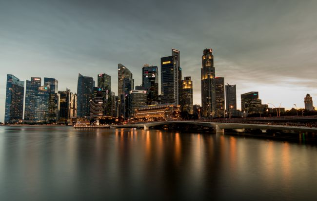 Stuart Clarke | Downtown Singapore at nightfall