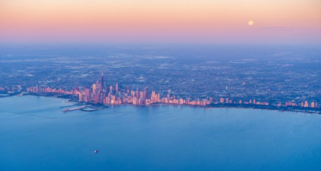 Alexey Stiop | Sunrise over Chicago downtown