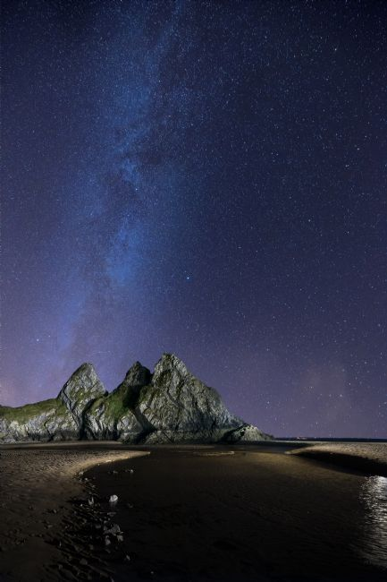 Chris  North | Night, Tree Cliffs Bay.
