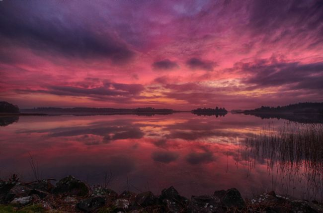 yvonne carroll | Stunning sunset reflection on Lake of Menteith near Aberfoyle, Stirling