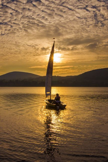 Adrian Campfield | Sailing on Lake Ullswater