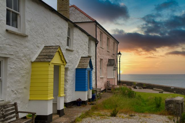 Kris Ohlsson | Charlestown Cottages at Sunset