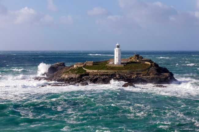 Roger Hollingsworth | Godrevy Lighthouse
