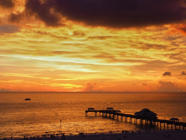 Thomas Dickson | Sunset at Pier 60, Clearwater, Florida.