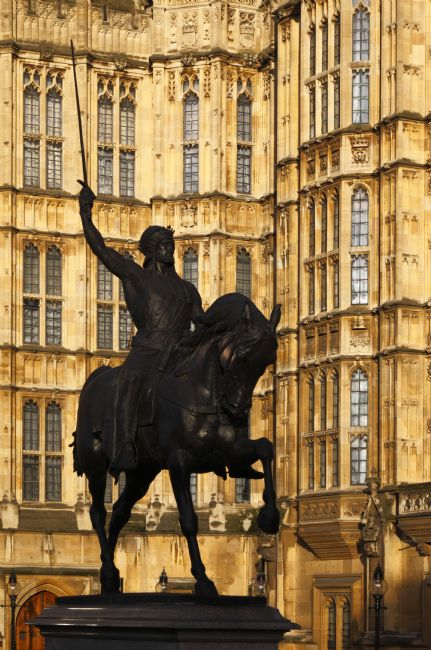 James Brunker | Richard the Lionheart Statue in Old Palace Yard Westminster