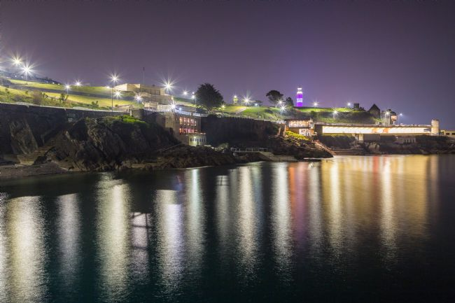 Jon Lines | Plymouth Hoe Light Reflections