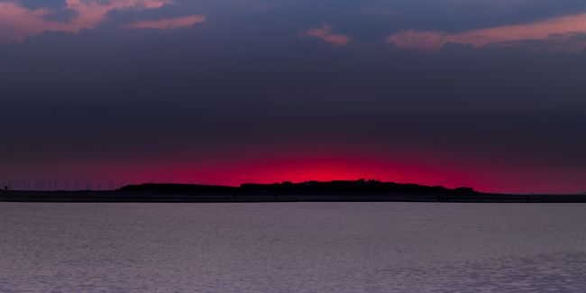 Liam OMalley | Hilbre Sunset Pink Fire