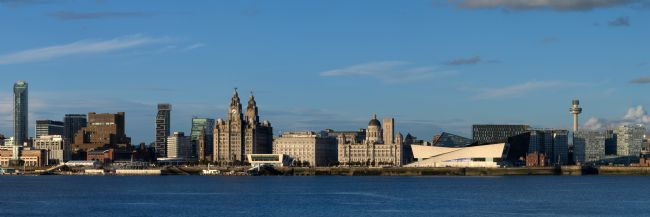 Liam OMalley | Summer Sun on the Liverpool Waterfront