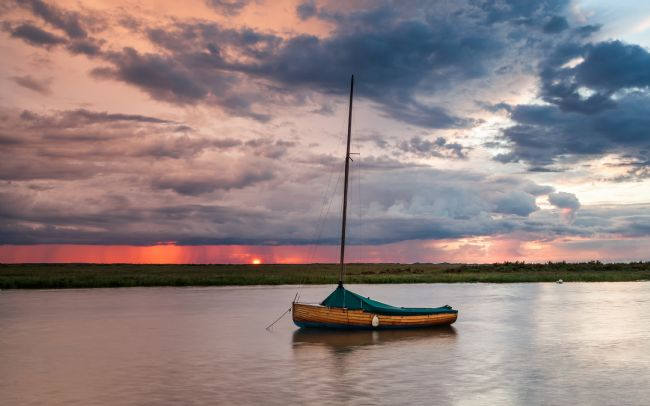 David Powley | Stormy sunset over Blakeney