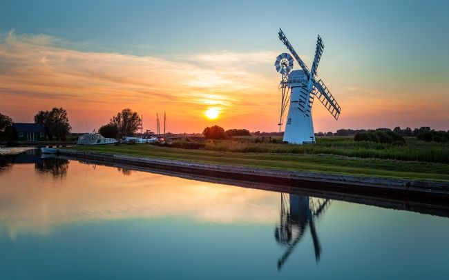 David Powley | Thurne Mill at Sunset