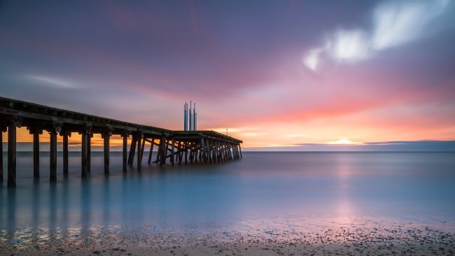 David Powley | Winter sunrise over the Claremont  Pier