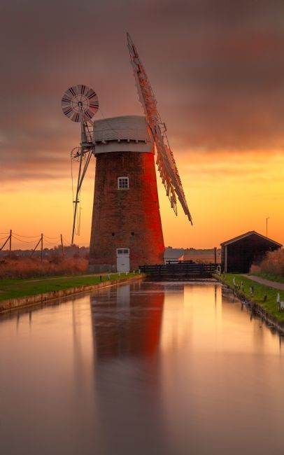 David Powley | Winter sunset over Horsey Mill