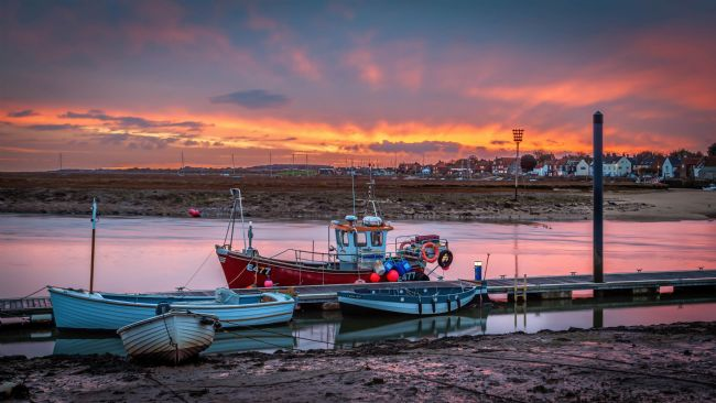 David Powley | Early colour over Wells Harbour