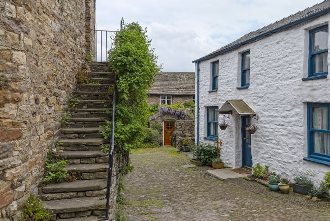 Sue Wood | Quaint English cottages