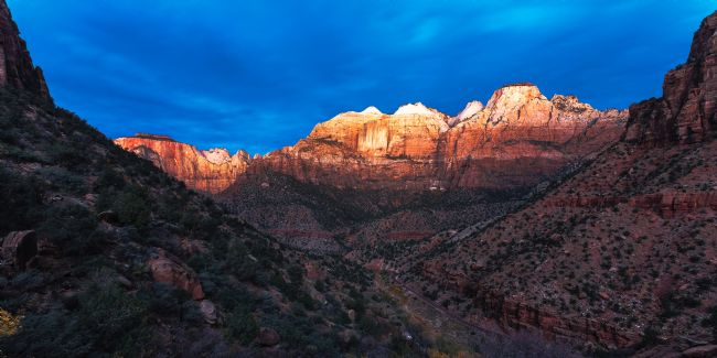 Peter O'Reilly | First Light on the Great Streaked Wall and the Sentinel, Zion Na