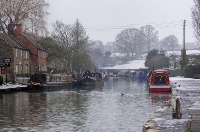 Mary Fletcher | Winter on the Grand Union Canal