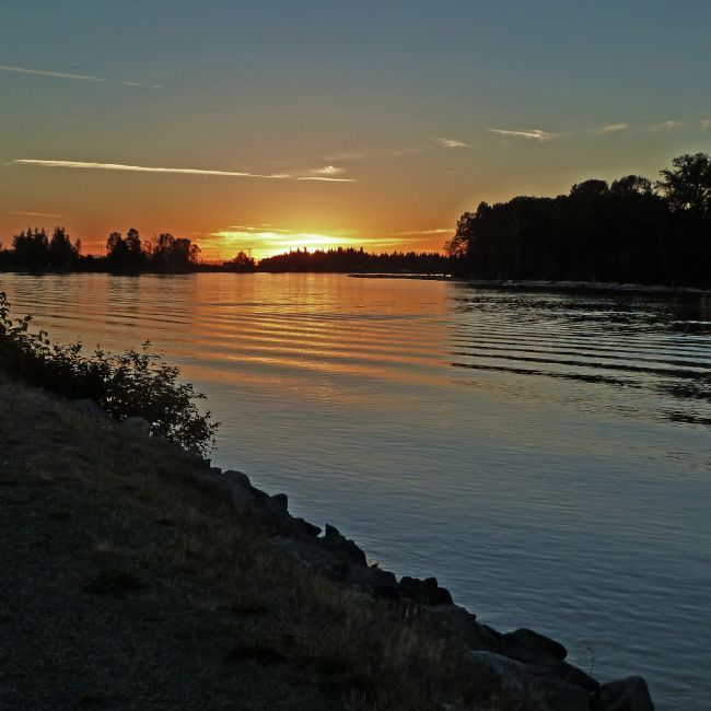 Chris Langley | Dusk on the Fraser River, British Columbia, Canada