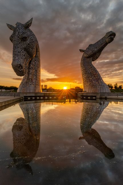 Bryan Hynd | Sunset at the Kelpies