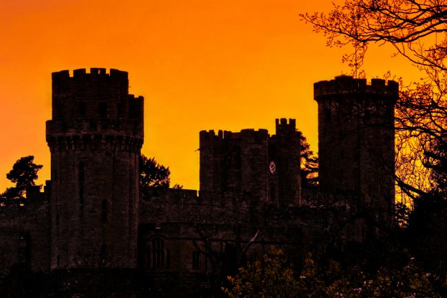 Jacovos Jacovou | Warwick Castle at sunset